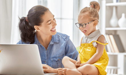 19 Best Flexible Stay at Home Mom Jobs (2019)