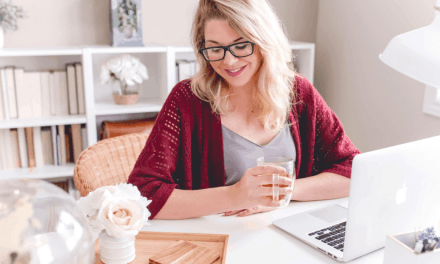 15 Online Jobs for College Students {2019 Edition}