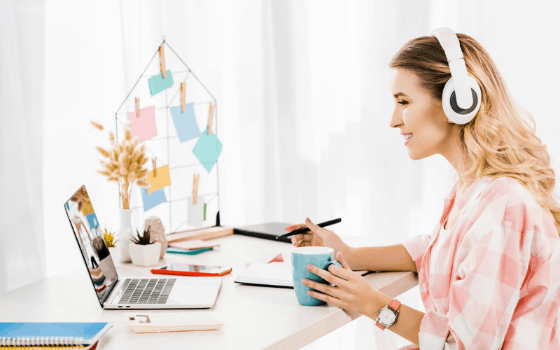 20 Ways to Make Money from Home in 2021