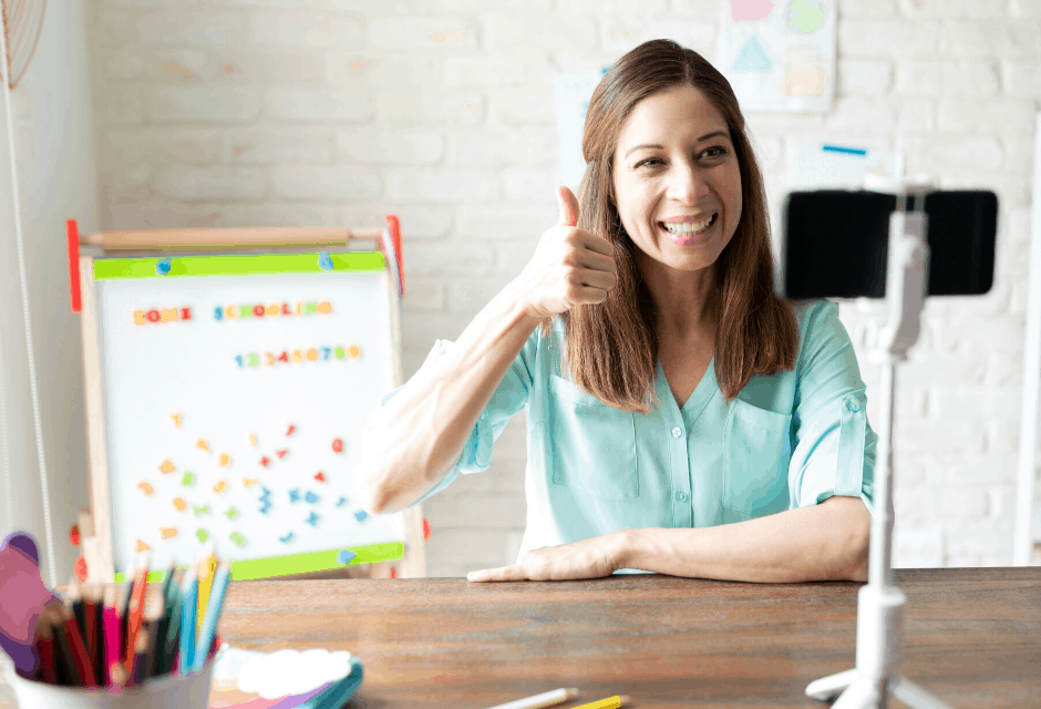 VIPKid Review: Over $1,700/month Teaching English Online